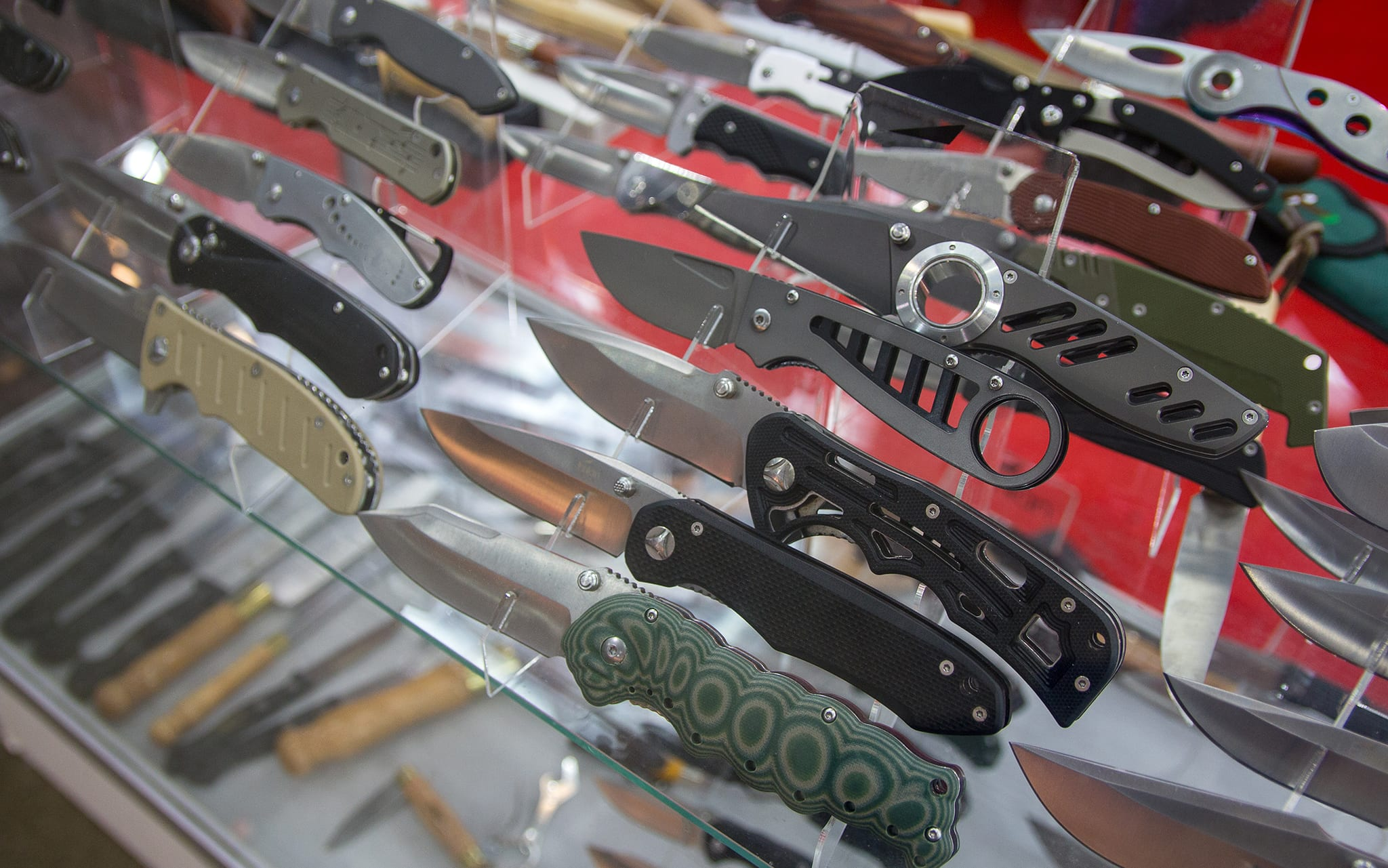 ramzs has your basic and your utility pocket knives